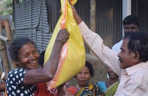 Bangladesh-siger-tak-web